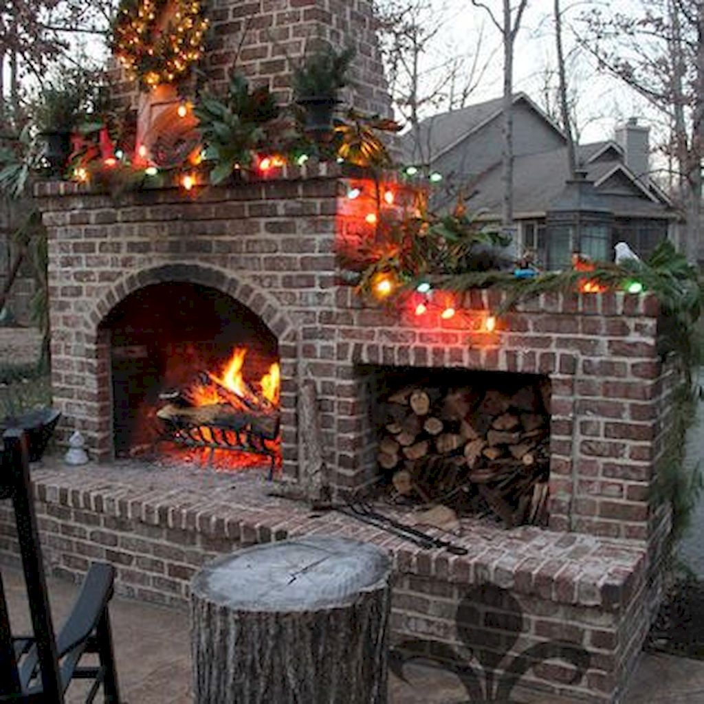 Backyard Fireplace013