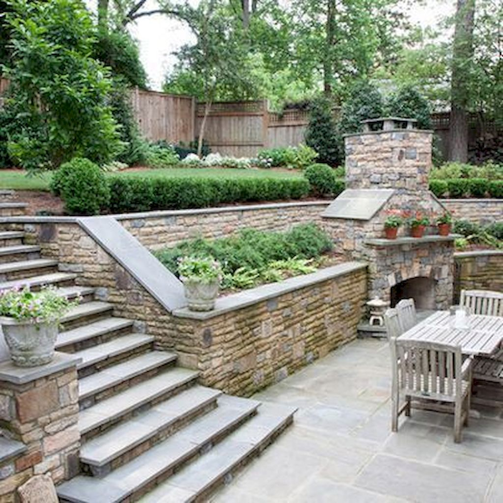 Backyard Fireplace015