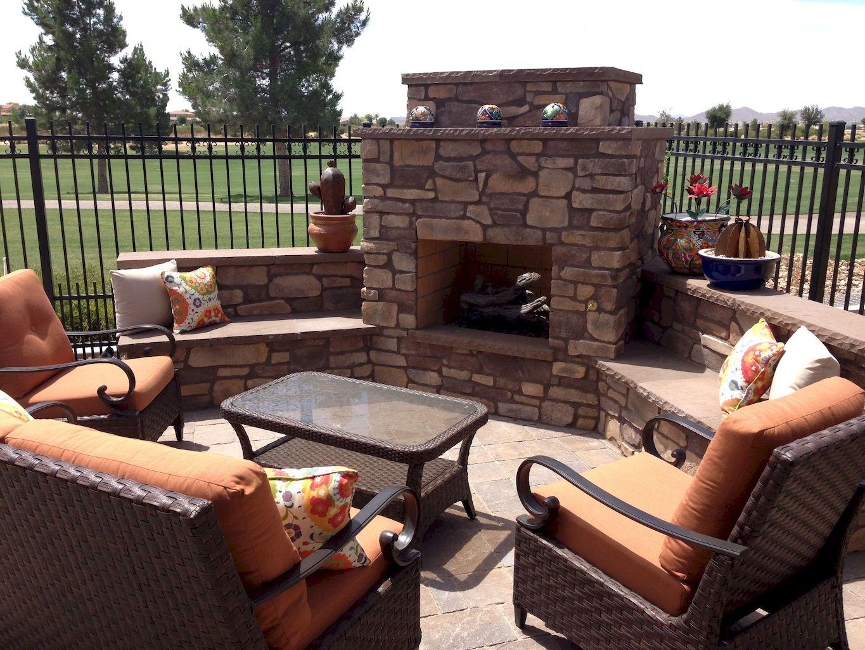 Backyard Fireplace029