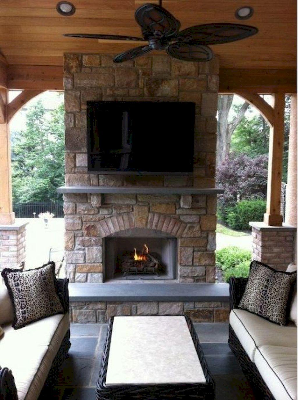 Backyard Fireplace034