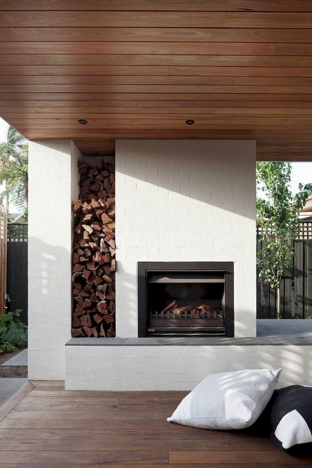 Backyard Fireplace039