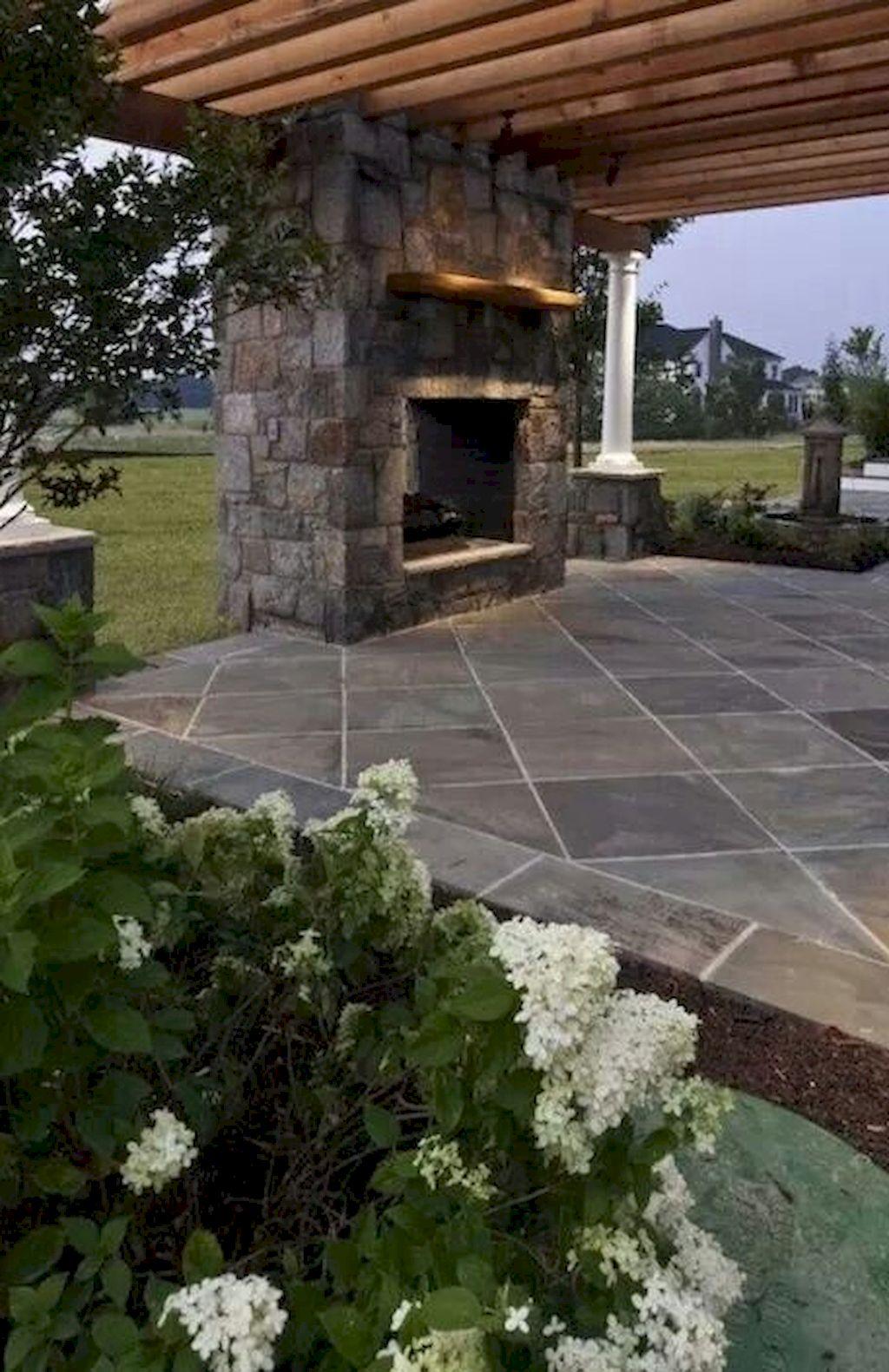 Backyard Fireplace049