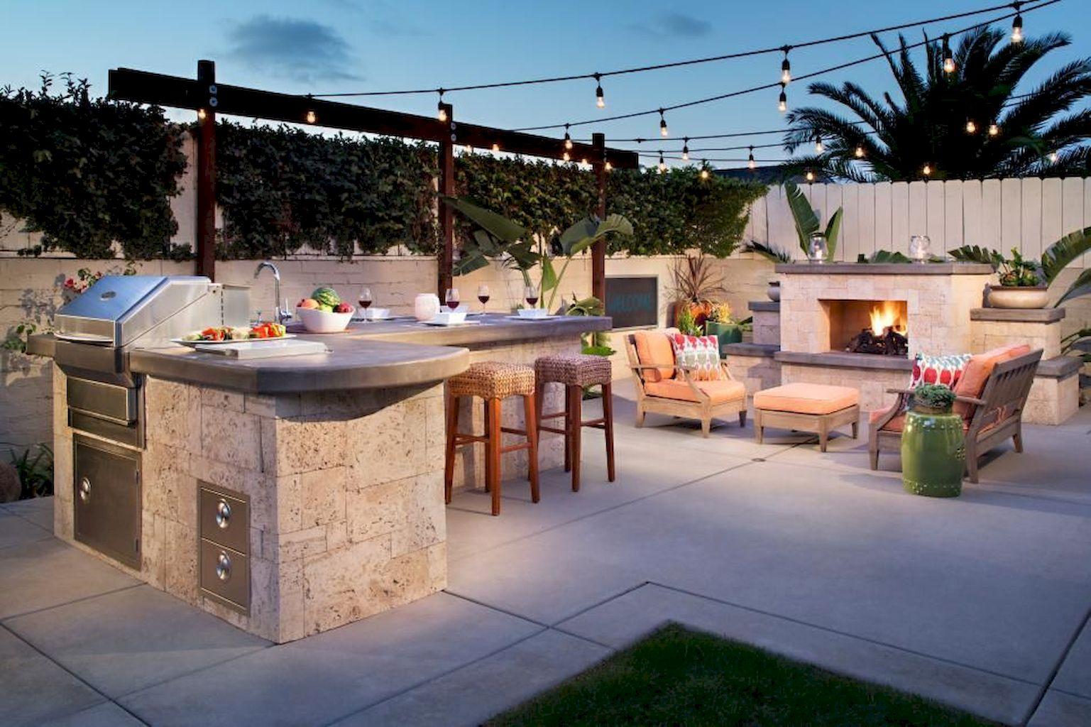 Backyard Fireplace062