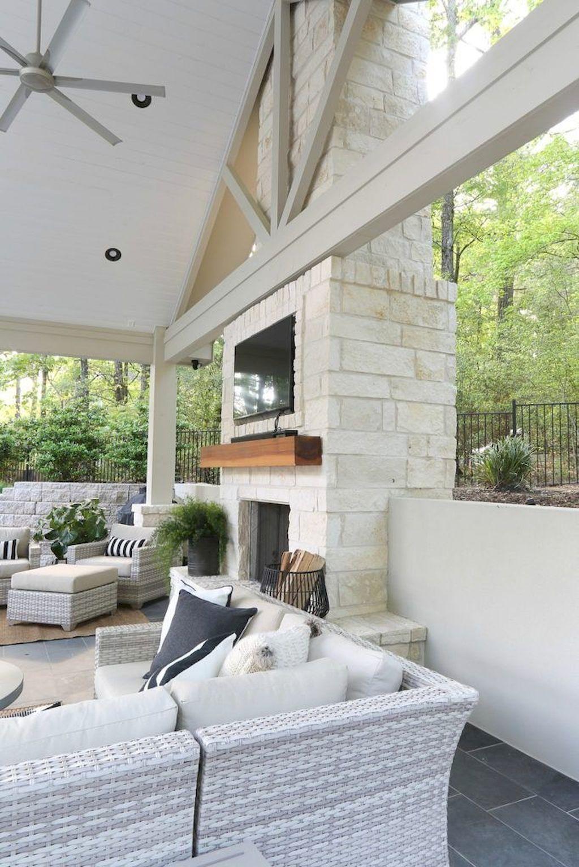 Backyard Fireplace063