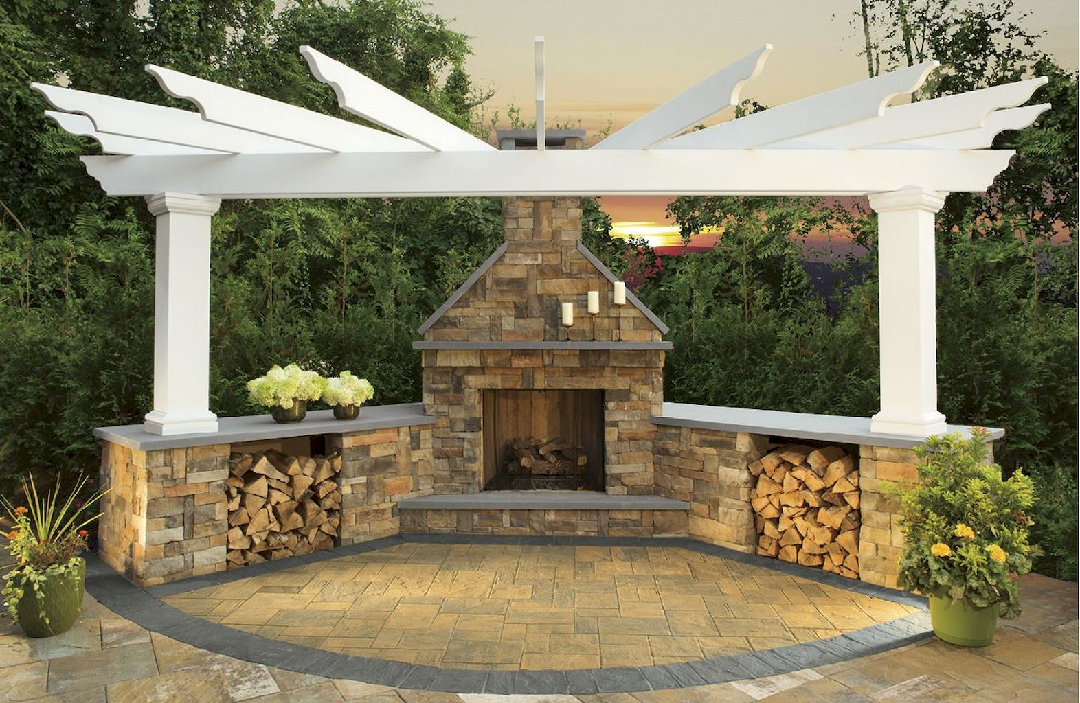 Backyard Fireplace064