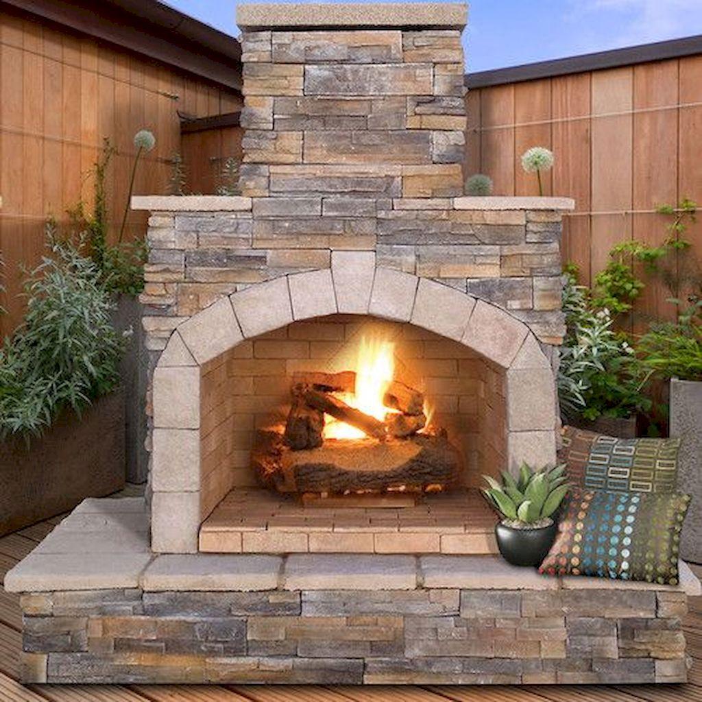 Backyard Fireplace077