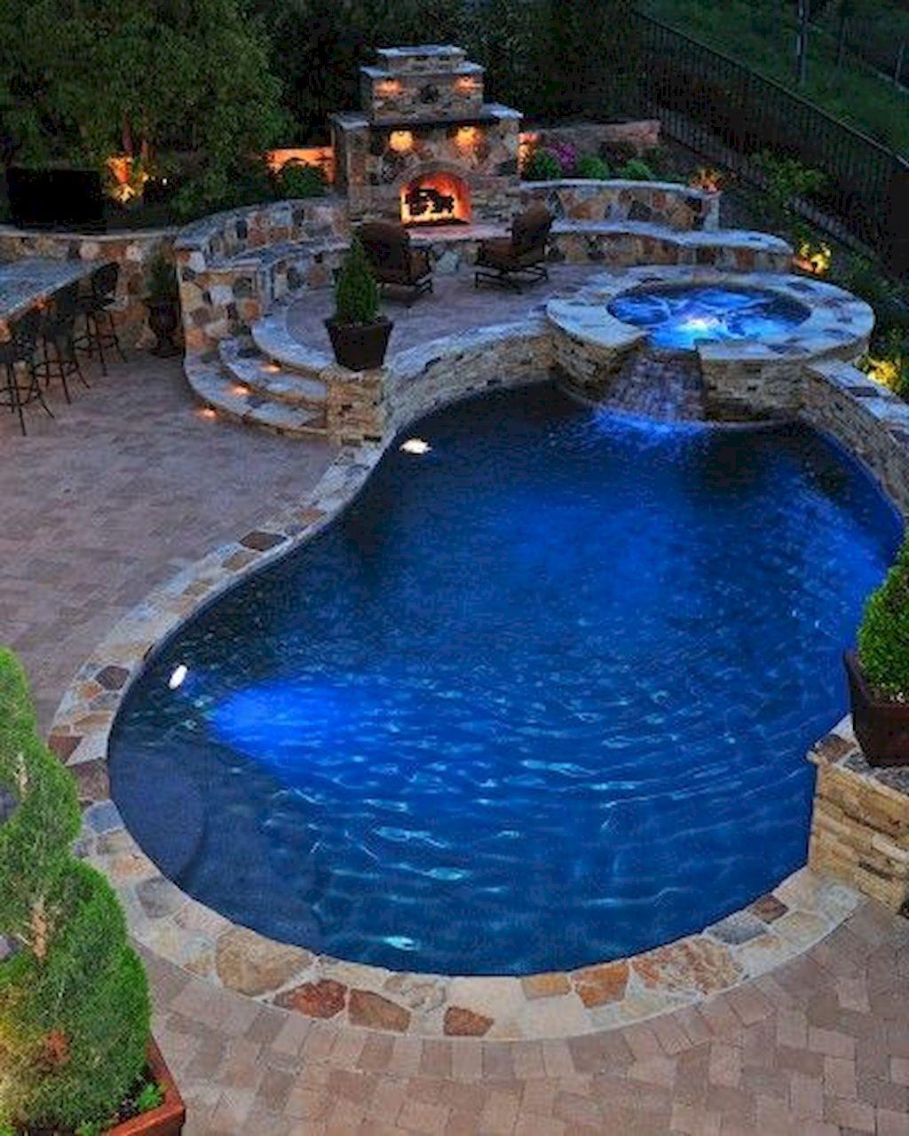 Backyard Fireplace085