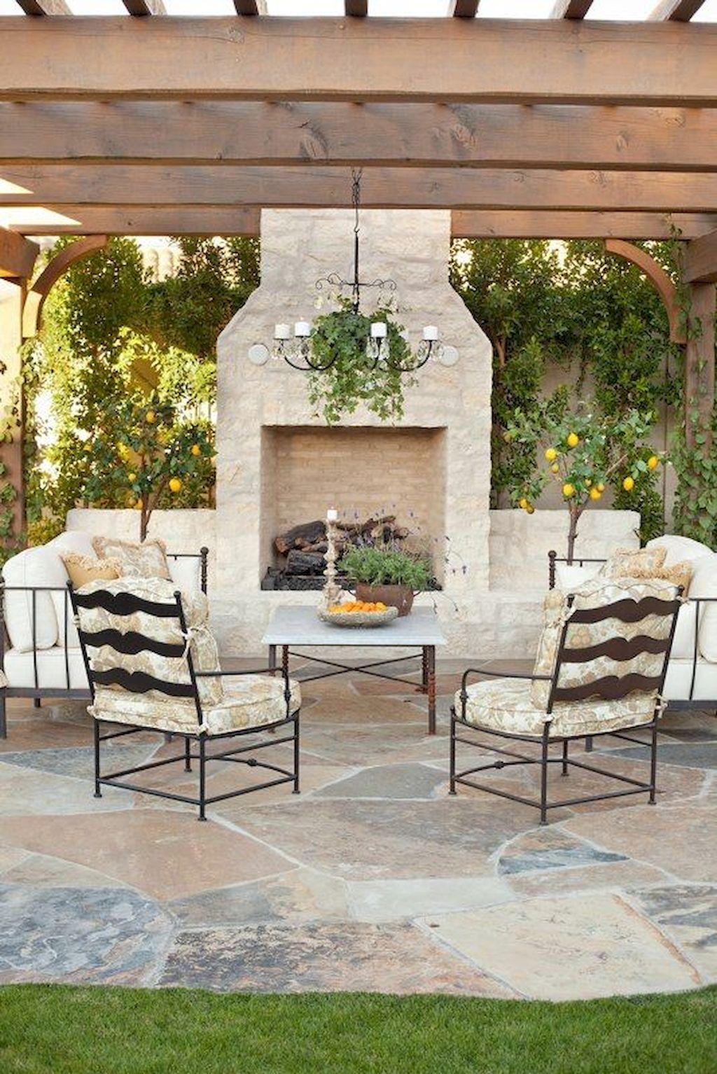 Backyard Fireplace087