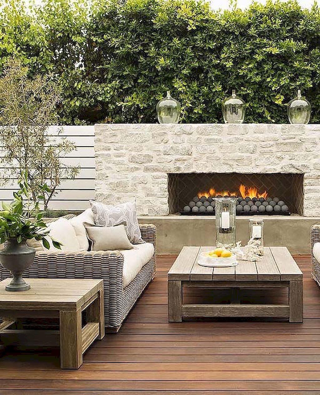 Backyard Fireplace099