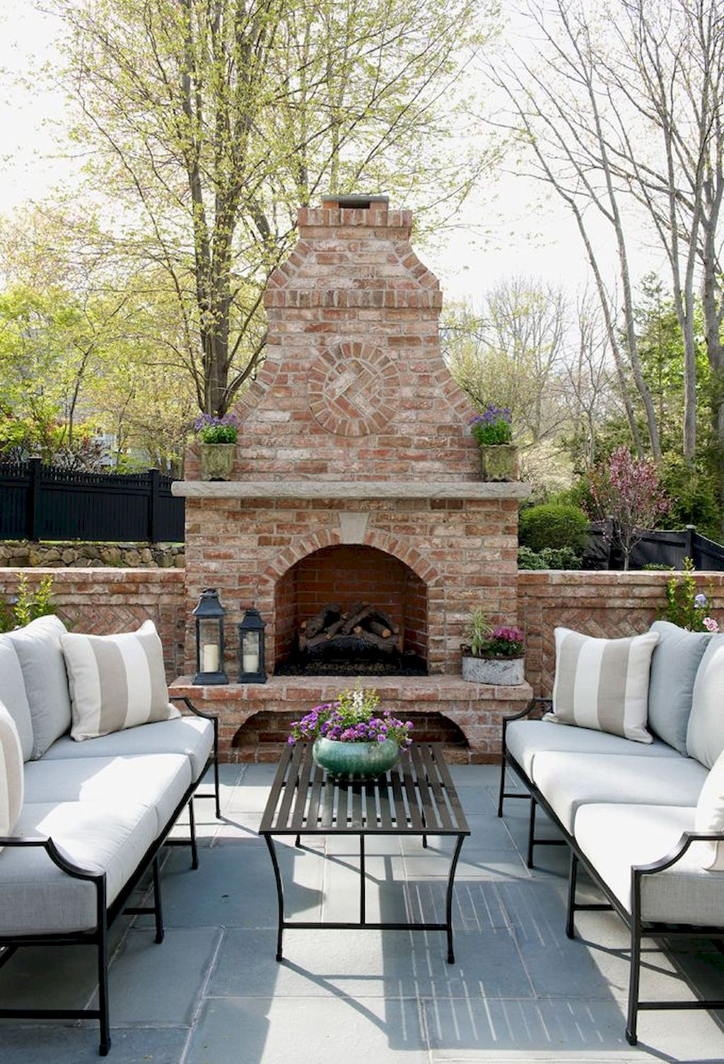 Backyard Fireplace148