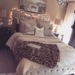 What You Must Consider for Cozy Bedroom Lighting 33