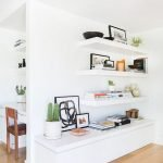 50 ++ Amazing Living Room Designs With Floating Shelves 148