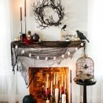 Amazing Spooky Halloween Decorations For One Ghostly Atmosphere 22