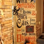 Amazing Spooky Halloween Decorations For One Ghostly Atmosphere 32