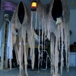 Amazing Spooky Halloween Decorations For One Ghostly Atmosphere 39