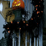 Amazing Spooky Halloween Decorations For One Ghostly Atmosphere 51