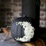 Amazing Spooky Halloween Decorations For One Ghostly Atmosphere 55
