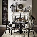 Amazing Spooky Halloween Decorations For One Ghostly Atmosphere 119