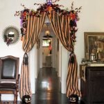 Amazing Spooky Halloween Decorations For One Ghostly Atmosphere 128