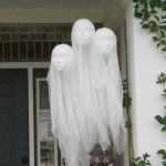 Amazing Spooky Halloween Decorations For One Ghostly Atmosphere 131