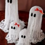 Amazing Spooky Halloween Decorations For One Ghostly Atmosphere 137