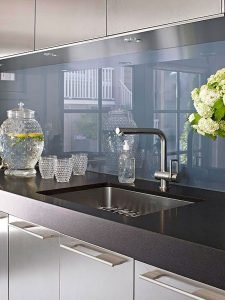 Fabulous Kitchen Backsplash Ideas For a Clean Culinary Experience 56