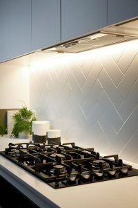 Fabulous Kitchen Backsplash Ideas For a Clean Culinary Experience 57