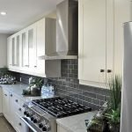 Fabulous Kitchen Backsplash Ideas For a Clean Culinary Experience 79