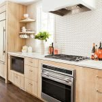 Fabulous Kitchen Backsplash Ideas For a Clean Culinary Experience 85