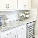 Fabulous Kitchen Backsplash Ideas For a Clean Culinary Experience 103