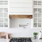 Fabulous Kitchen Backsplash Ideas For a Clean Culinary Experience 146