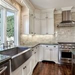 Fabulous Kitchen Backsplash Ideas For a Clean Culinary Experience 23