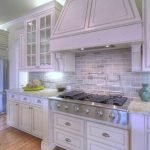 Fabulous Kitchen Backsplash Ideas For a Clean Culinary Experience 33