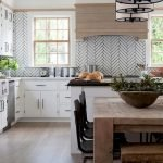 Fabulous Kitchen Backsplash Ideas For a Clean Culinary Experience 35