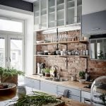 Fabulous Kitchen Backsplash Ideas For a Clean Culinary Experience 40