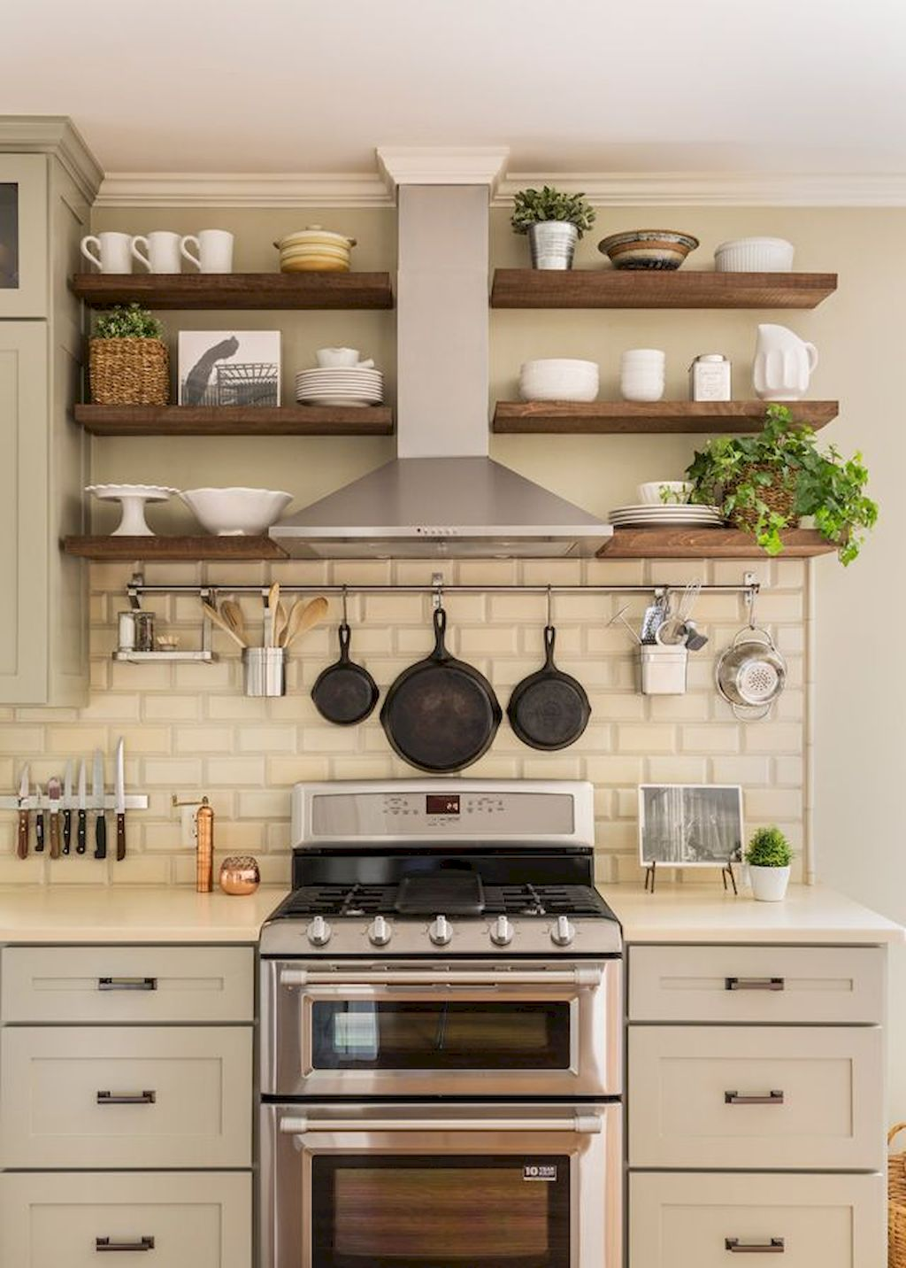 Kitchen Cabinets011