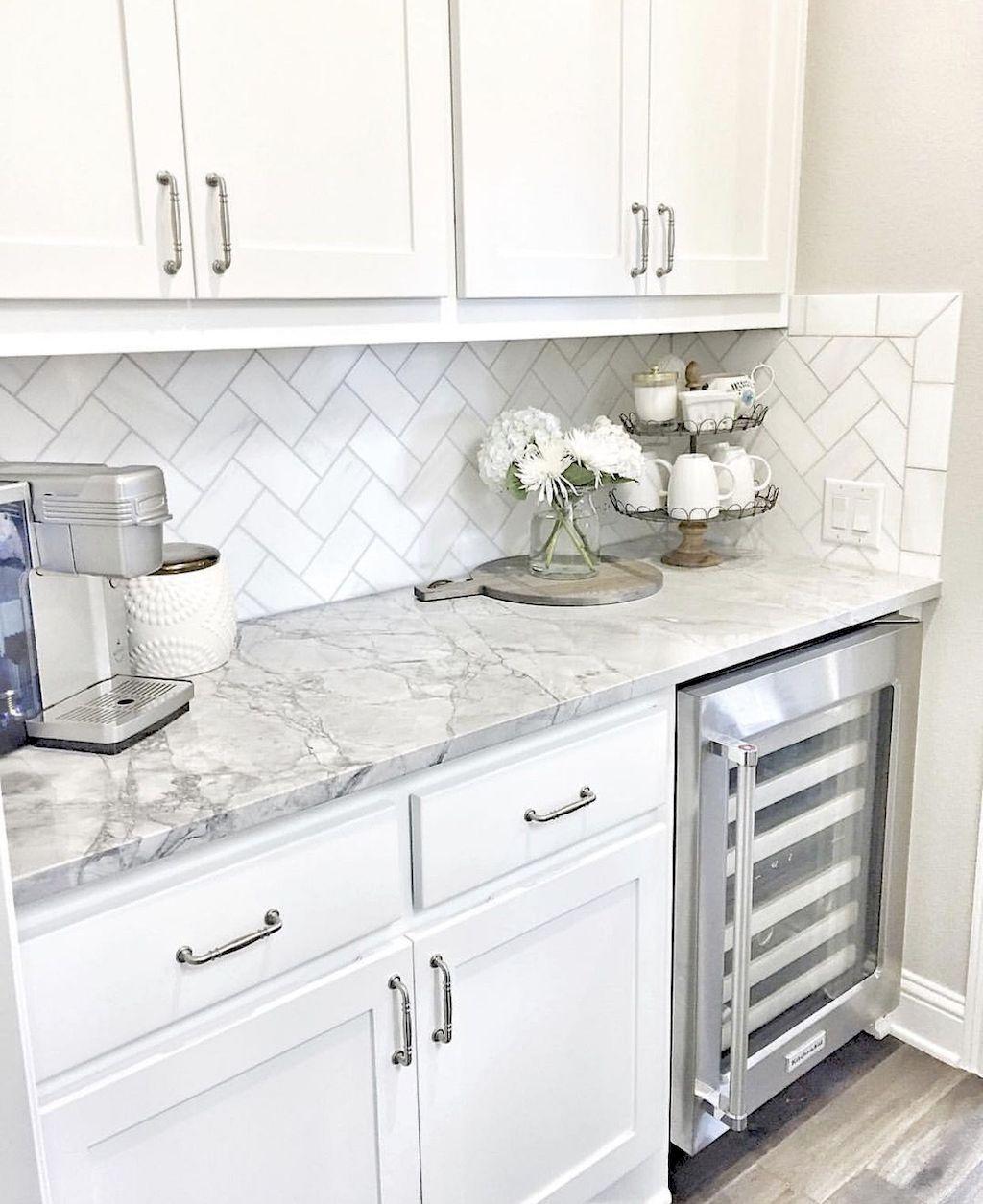 Kitchen Cabinets040