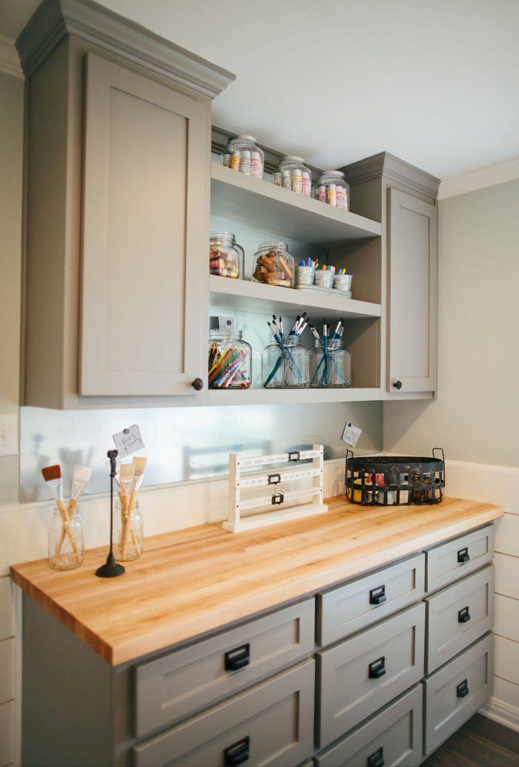 Kitchen Cabinets042