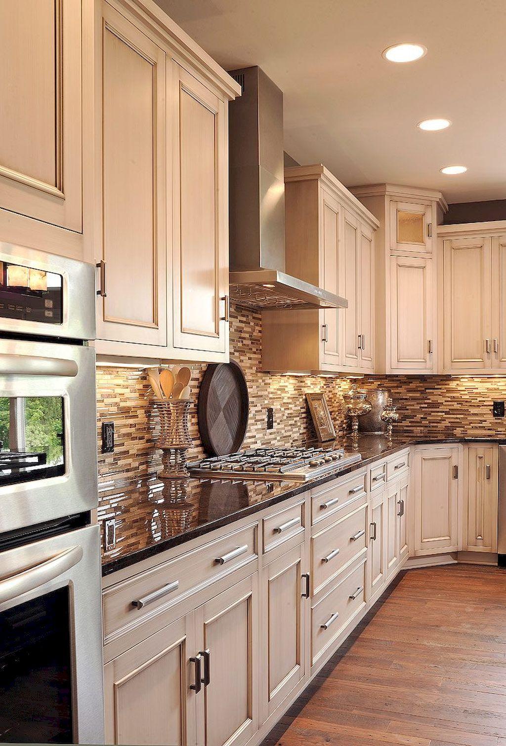 Kitchen Cabinets045