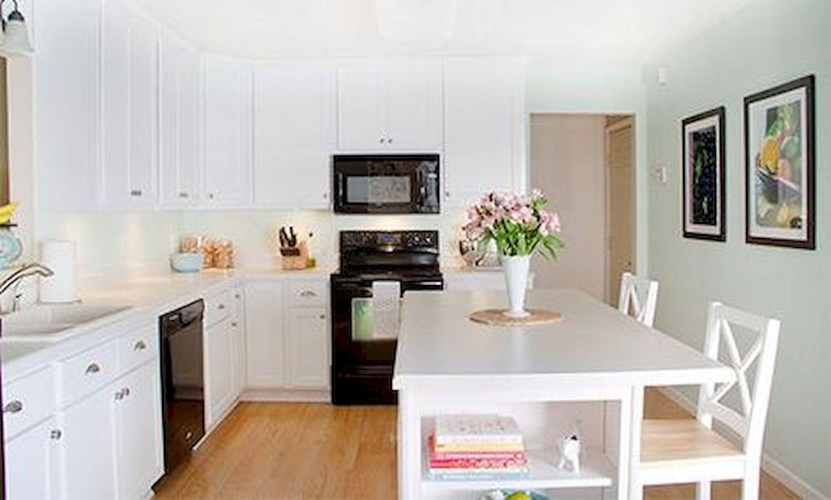 Kitchen Cabinets075