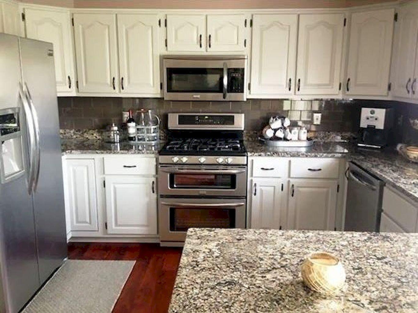 Kitchen Cabinets076