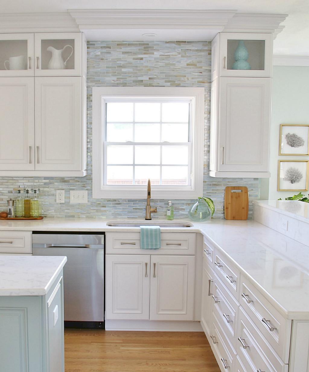 Kitchen Cabinets091