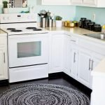 Effective Method to Choose the Best Kitchen Rugs 29