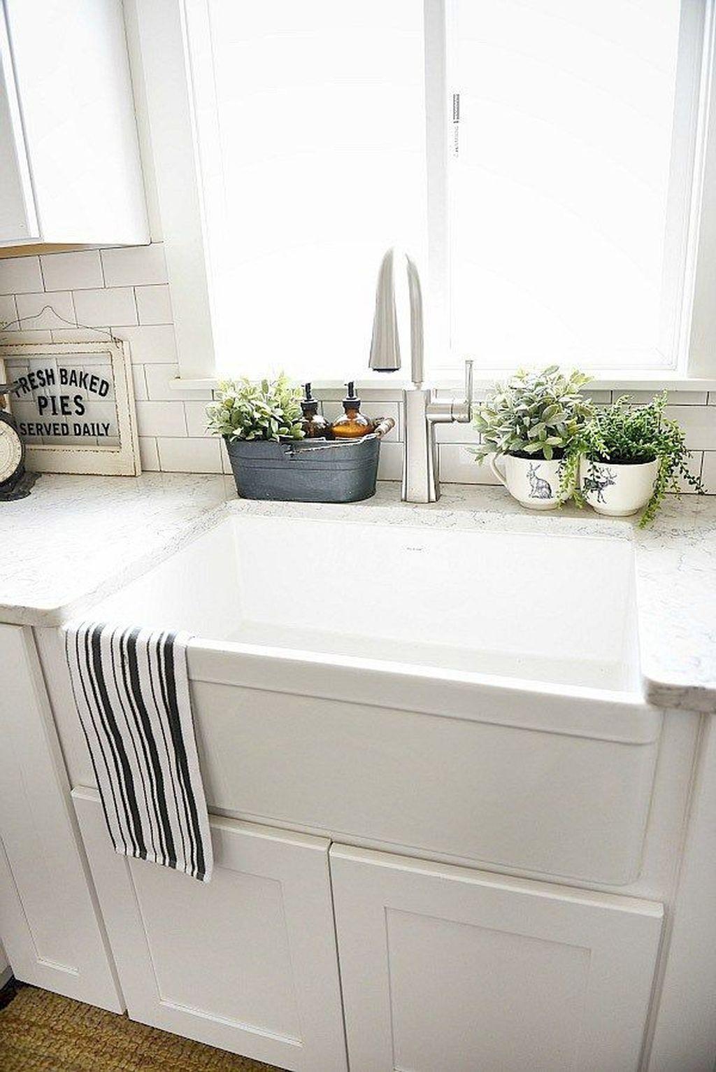 Kitchen Sink064