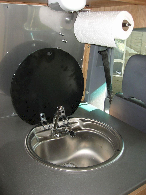 Kitchen Sink075