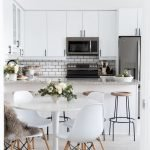 Stunning Minimalist Kitchen Decoration Ideas 203