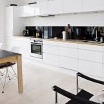 Stunning Minimalist Kitchen Decoration Ideas 18