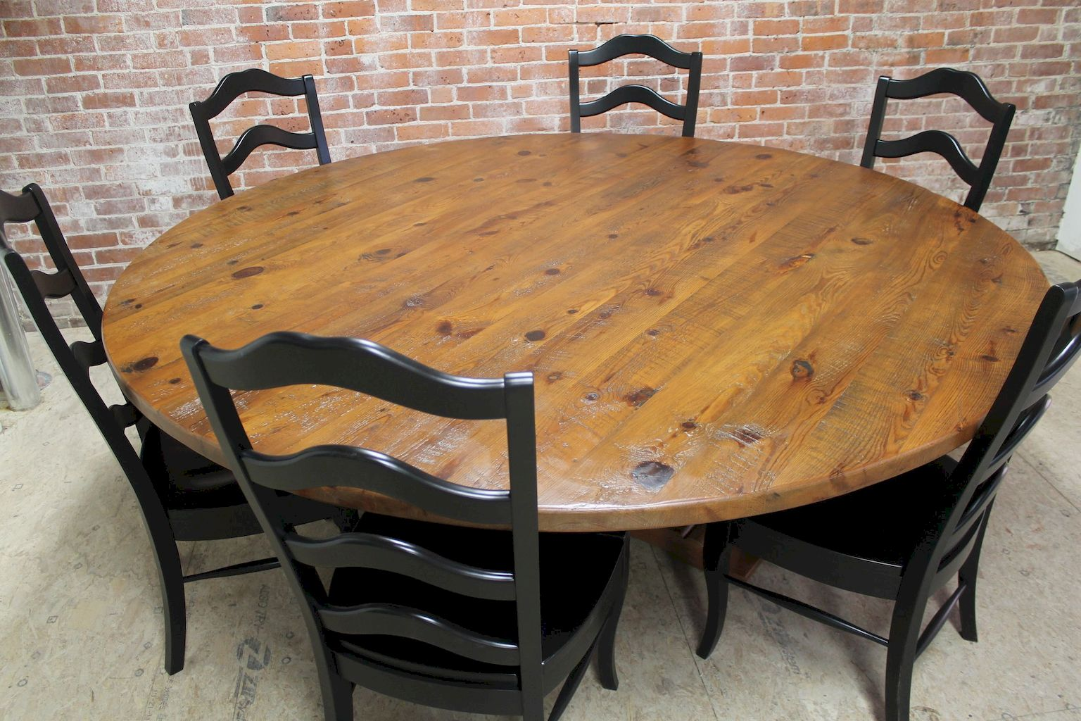 Round Table160