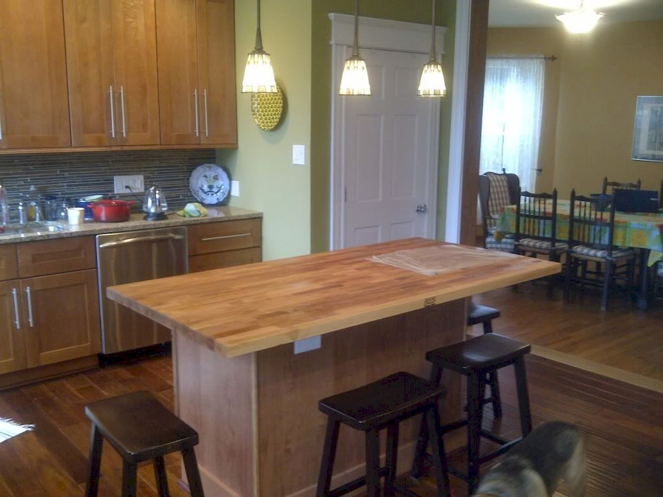 Small Island Kitchen Table008