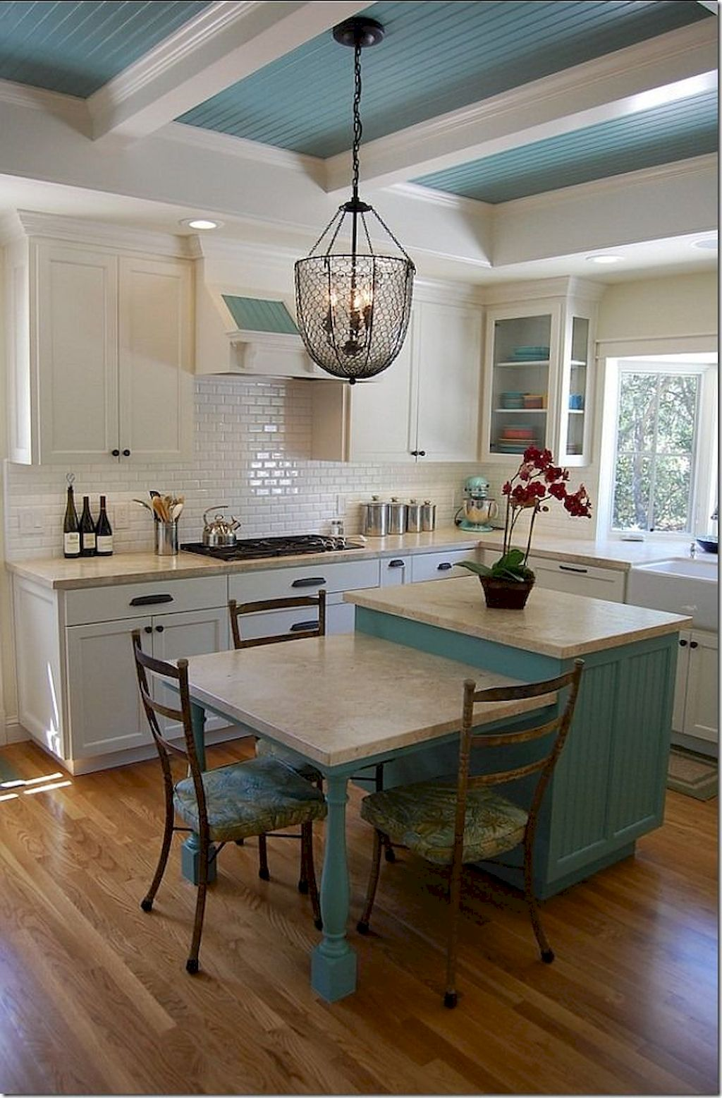 Small Island Kitchen Table022